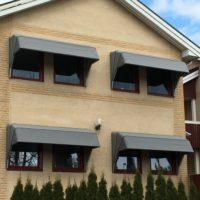 Korgmarkiser fasad